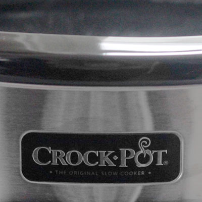 Making maple syrup in Crock-Pot in your kitchen