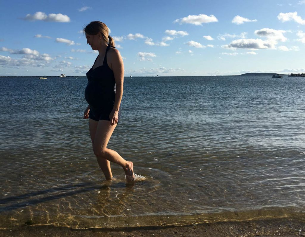 Living through uncertainty during pregnancy bleeding in second trimester